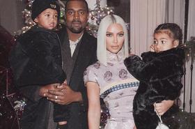 Kim Kardashian pozuje TOPLESS. Zdjęcie zrobiła... 4-letnia North!