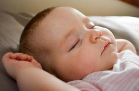 Właściwe nawyki dla dobrego snu - skuteczne od pierwszych tygodni życia