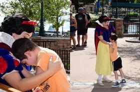 """W Disneylandzie Królewna Śnieżka utuliła autystycznego chłopca! WZRUSZAJĄCE zdjęcia: """"Prawdziwy anioł"""""""