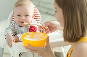 Kaszka dla niemowlaka – poznaj 3 kroki do jej prawidłowego wyboru