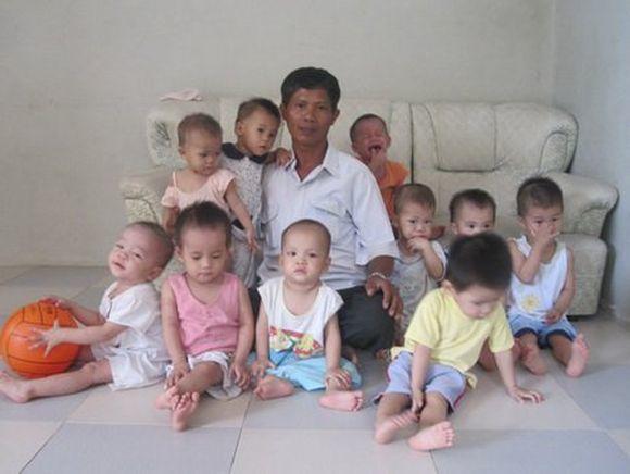 Przez kilkanaście lat chował dzieci z kliniki aborcyjnej. Te, które przeżyły, zabierał do siebie. Miał ponad 100 potomstwa!