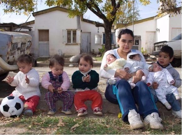 Argentynka jest mamą... siedmiorga dzieci. Nie zgadniecie, ile ma lat!
