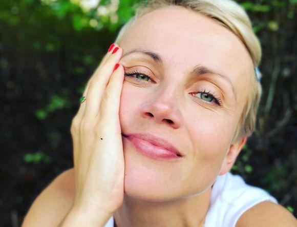 """Katarzyna Zielińska opublikowała słodkie zdjęcie swoich dzieci. """"Matka roku...tablet do ręki i z głowy"""" - grzmią fani"""