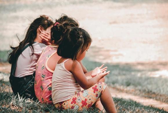 Jak mówić dzieciom o seksie? Oto SIEDEM spraw, które koniecznie trzeba poruszyć