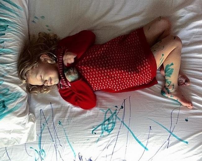 17 zdjęć, które są dowodem na to, że w rodzicielstwie nie ma czegoś takiego jak nuda!
