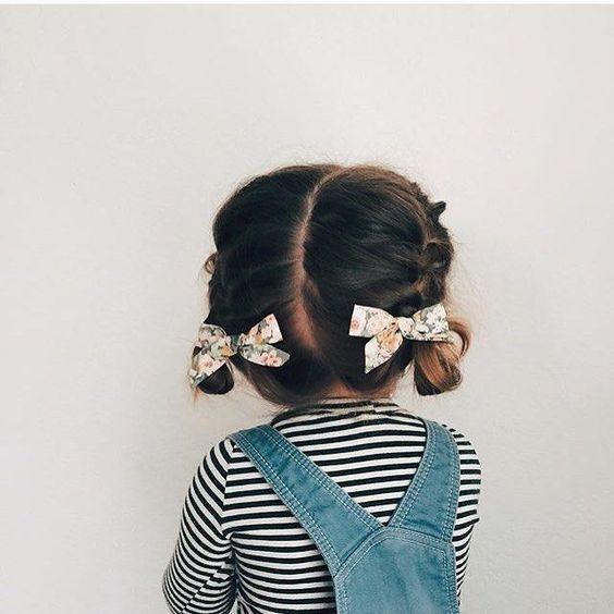 Piękne fryzury dla dziewczynek na każdą okazje. Ale urocze!
