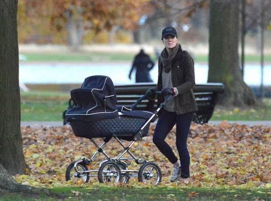 Zasady w domu Kate i Williama: książę Louis jeździ w... używanym wózku