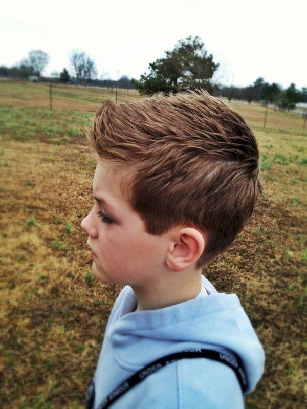 Fryzury dla chłopców w wieku szkolnym i przedszkolnym