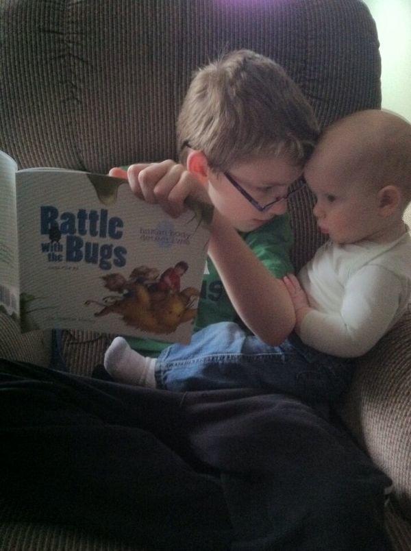 Przerażające dane! Tylko 1/3 rodziców czyta swoim dzieciom książki