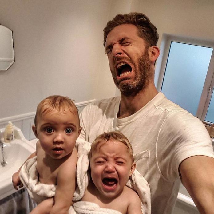 Ten SUPER TATA pokazuje na Instagramie, jak wygląda życie z 4 córkami. Efekty są przezabawne!