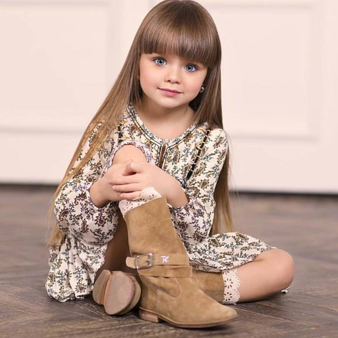 6-letnia Rosjanka  najpiękniejszą dziewczynką na świecie! Czy rzeczywiście potrzebny jestjej  jakikolwiek makeup?