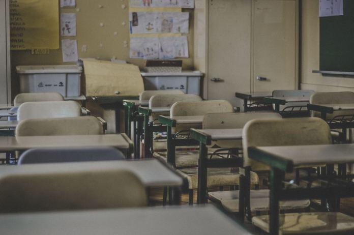 """Egzamin ósmoklasisty 2019 też zagrożony przez strajk nauczycieli? """"Te dzieci i bez tego miały pod górkę!""""..."""